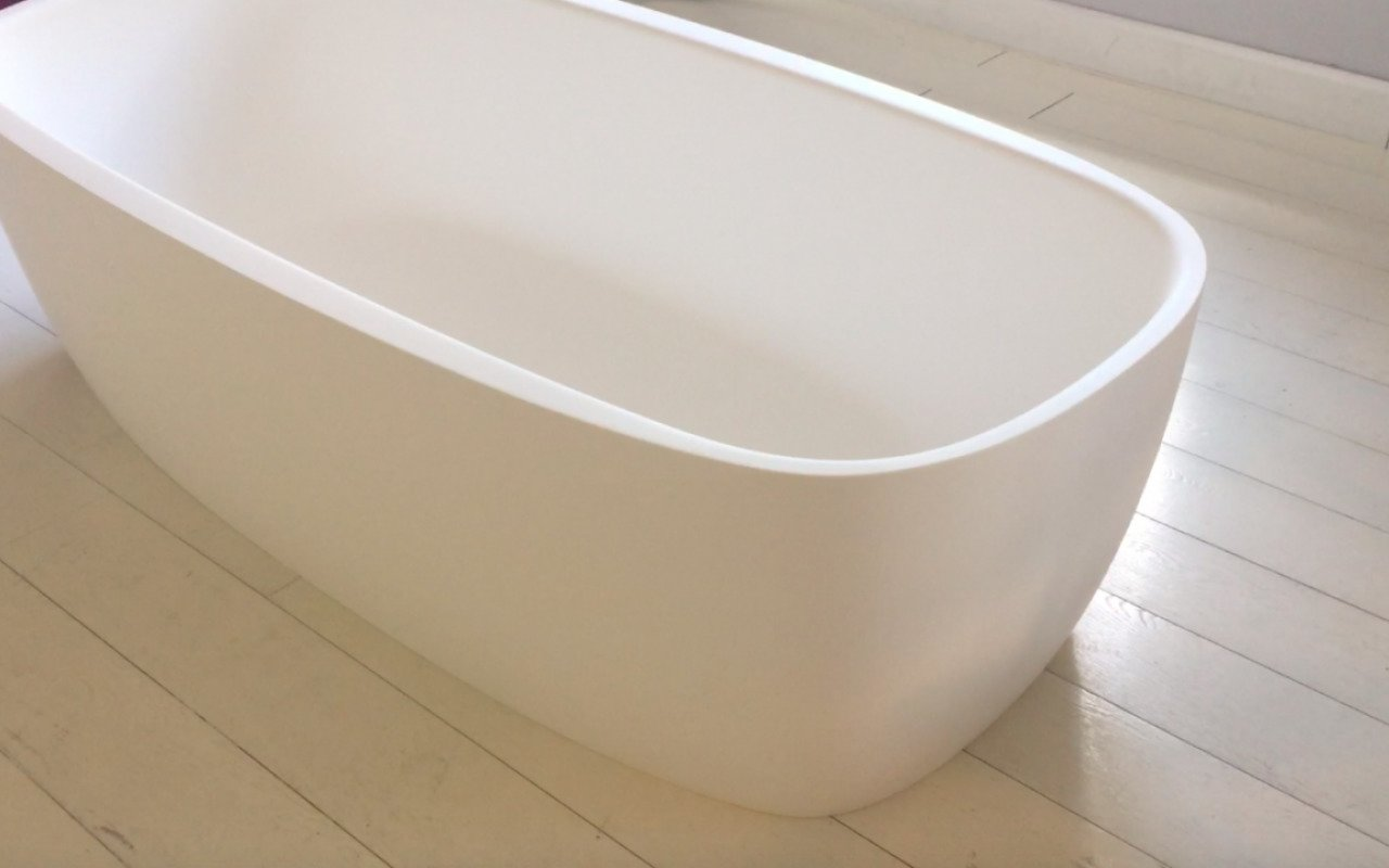 Aquatica Coletta White Freestanding Solid Surface Bathtub 49 4 (web)